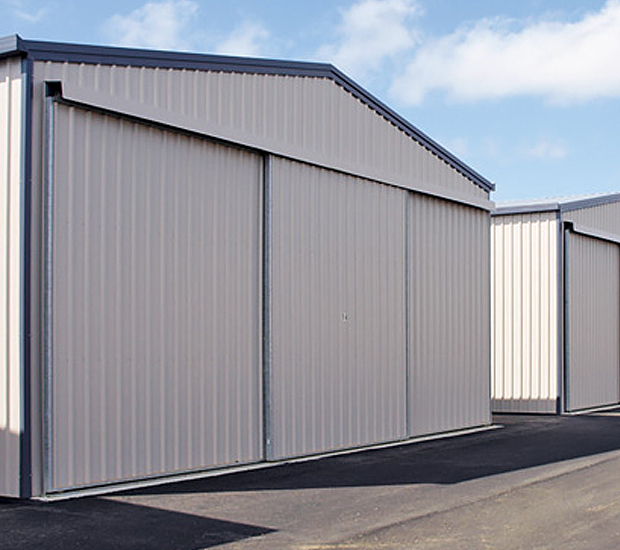 Medium sized hangars with sliding doors